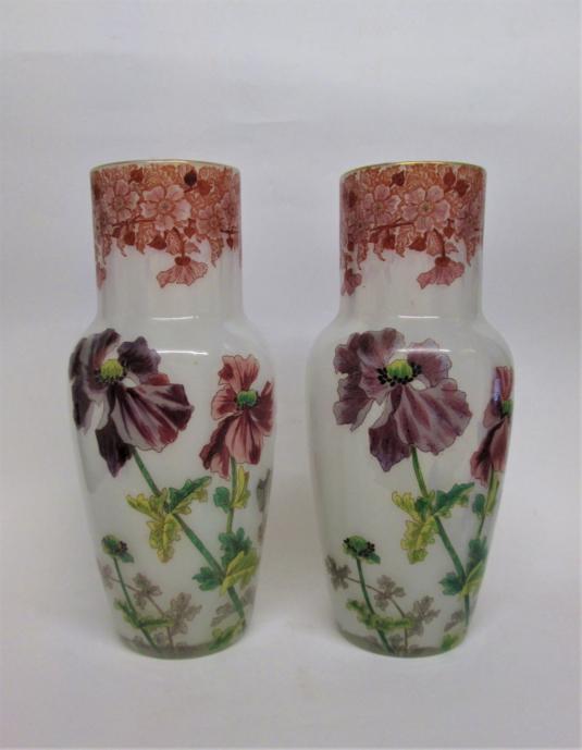 Paire de vases opaline Clichy, Choisy le Roi