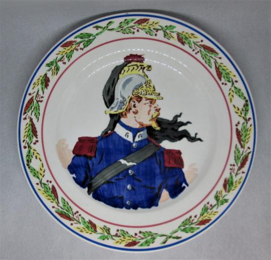 Sarreguemines assiette militaire Dragon pochoir