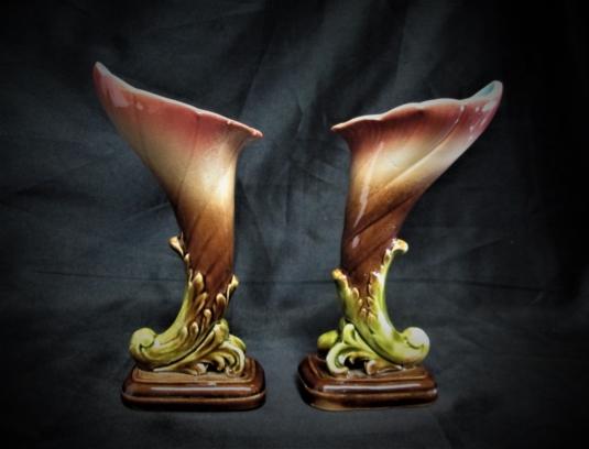 Sarreguemines majolique vases