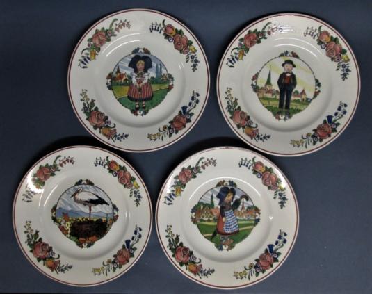 Sarreguemines Hansi 4 assiettes plates